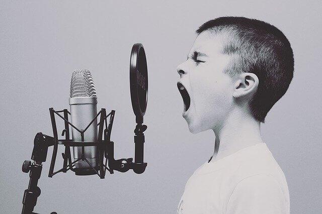 איך לחמם את הקול