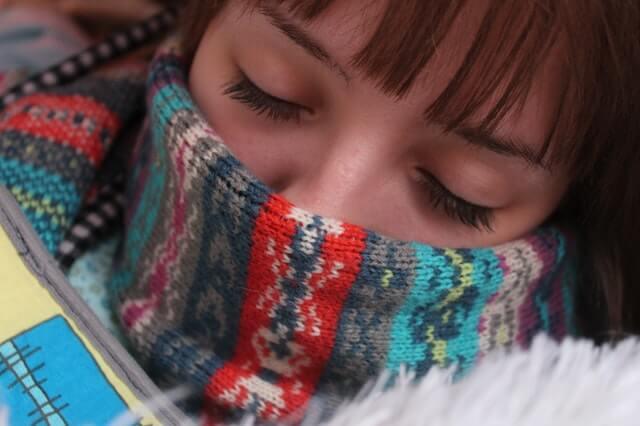 איך לשמור על הקול בחורף